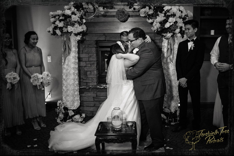 Ceremony moment - first kiss